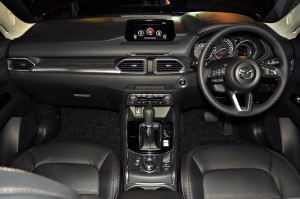 Mazda CX-5 2.5L Skyactiv-G Dashboard, Malaysia 2017