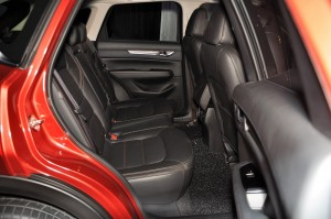 Mazda CX-5 2.5L GLS Skyactiv-G Roll Out Malaysia 2017, Rear Seats