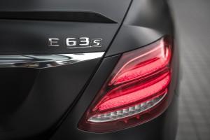 Mercedes-AMG E 63 s 4MATIC+ (23) - Malaysia 2017