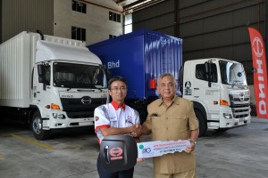 Hino Malaysia, Ken Iwamoto - Integrated Logistics Solutions, Dato Wan Ariff Wan Hamzah, Trucks 2017