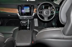 Volvo S90 T8 Inscription Dashboard IGEM 2017 Malaysia
