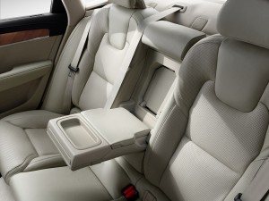 Volvo S90 T8 Rear Seats