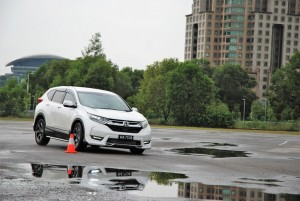 Honda CR-V is Agile