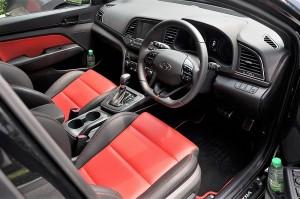 Hyundai Elantra Sport Front Seats, Malaysia 2017