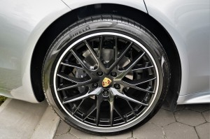 Porsche Panamera 21 Inch Panamera Sport Wheel, Black High-Gloss, Malaysia 2017