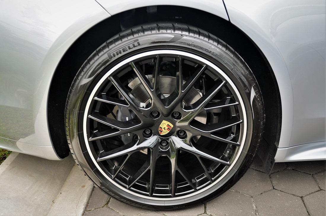 Porsche Panamera 21 Inch Sport Wheel Black High Gloss Malaysia 2017