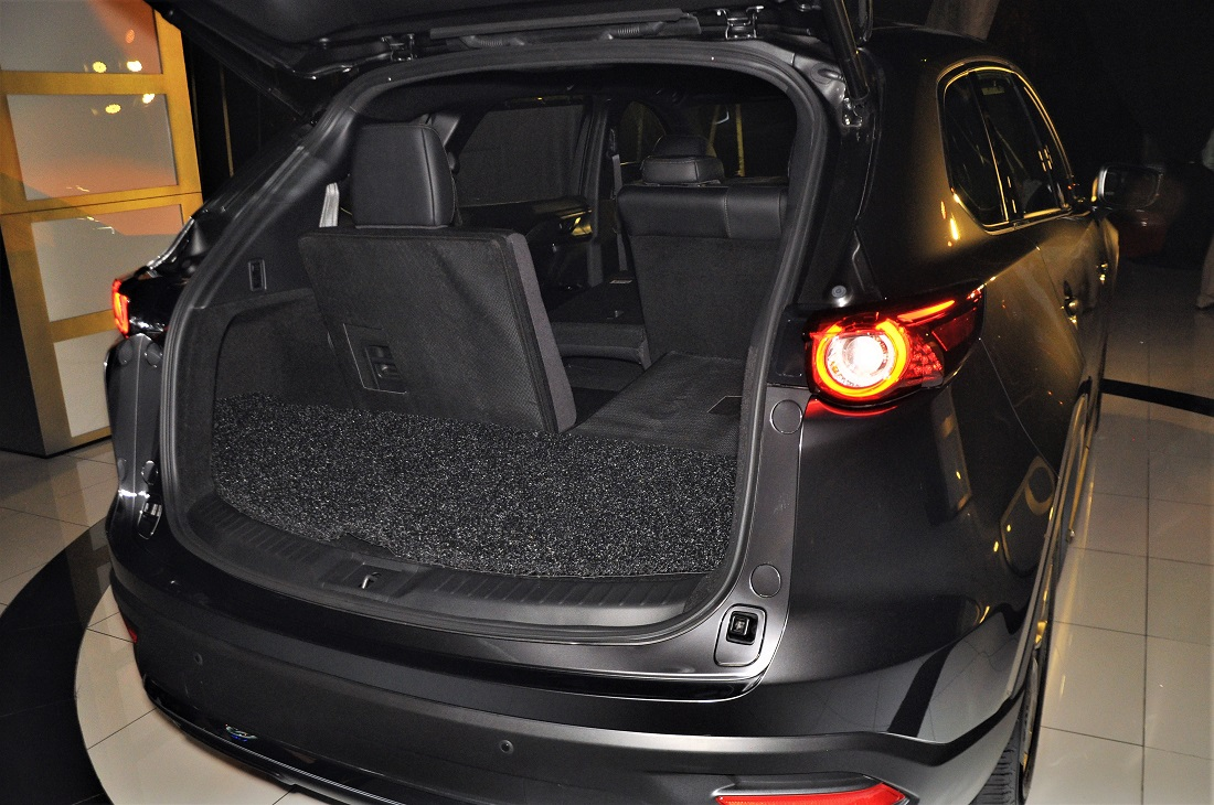 mazda cx 9 cargo space seat folded malaysia 2017. Black Bedroom Furniture Sets. Home Design Ideas