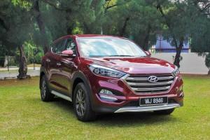 Hyundai Tucson 1.6L T-GDI Parked Malaysia Test Drive 2017