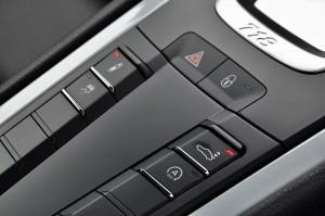 Porsche 718 Cayman Centre Console Buttons, PASM, Rear Spoiler, Malaysia 2017