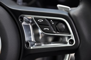 Porsche 718 Cayman Steering Controls 2, Malaysia 2017
