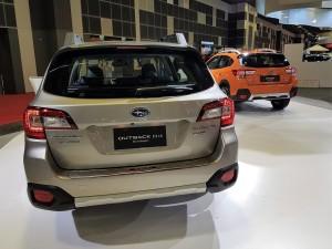 Subaru Outback & XV With EyeSight, Rear View, Singapore Motor Show 2018