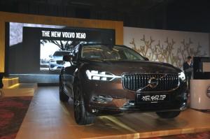 Volvo XC60 T8 Twin Engine Inscription Plus, Malaysia 2018