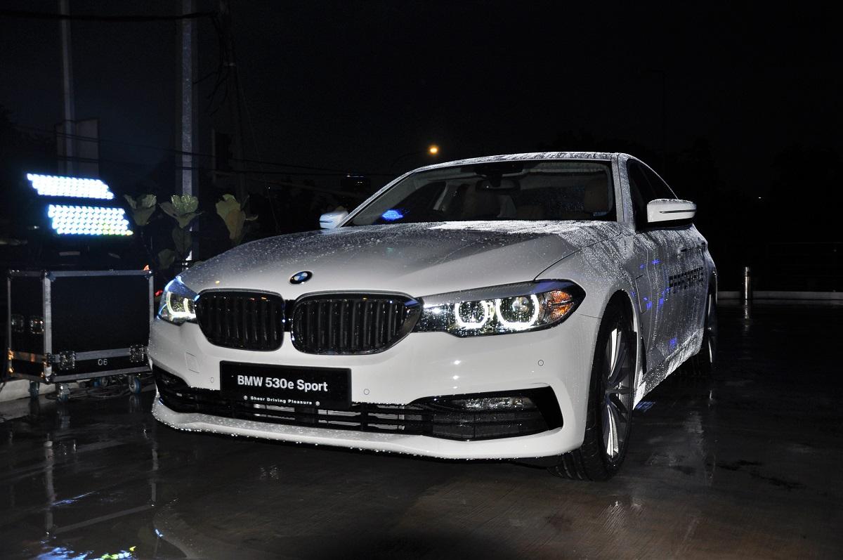 BMW 530e Sport EDrive ...