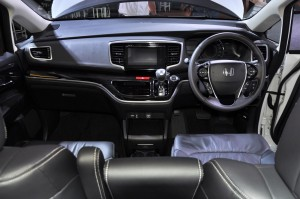 Honda Odyssey 2018 Dashboard, Malaysia