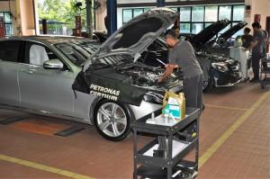 Mercedes-Benz NZ Wheels Klang Autohaus Service Bays, Malaysia