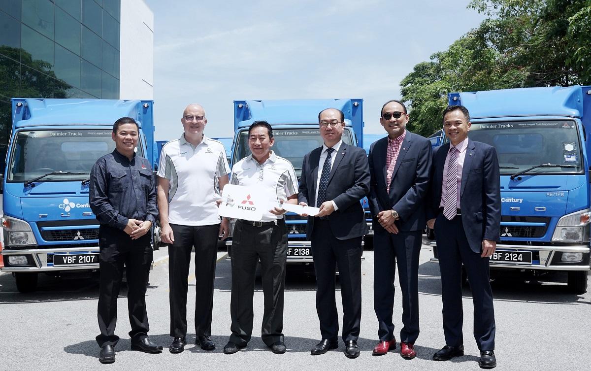 seng 80 Mercedes Benz Malaysia Commercial Vehicles Deliver 80 FUSO Trucks  seng 80