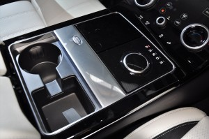 Range Rover Velar Centre Console, Gear Knob; Malaysia