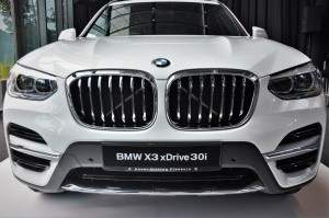BMW X3 xDrive30i Luxury Kidney Grille, LED Headlights, Malaysia