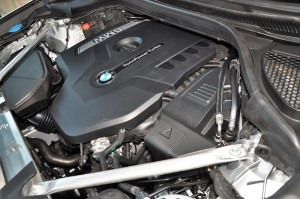 BMW X3 2.0L TwinPower Turbo Engine