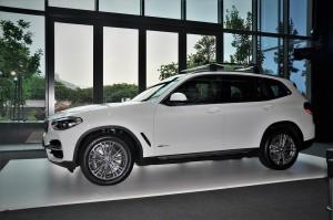 BMW X3 xDrive30i Luxury, Alpine White, Malaysia