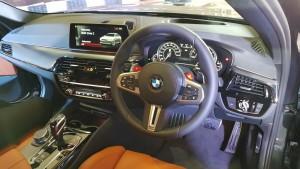 Driver's Cockpit, BMW X5 20180518_101007