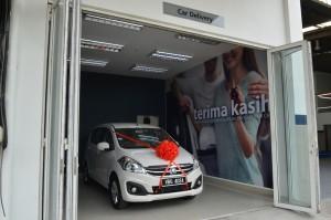 Car delivery bay