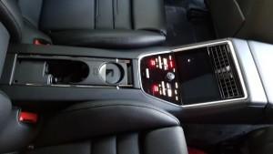Centre console, rear 20180614_174652