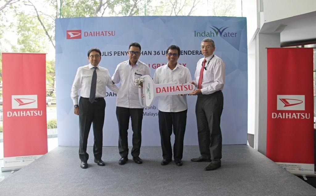 L-R: Mr. Makoto Ogawa (ED, DMSB), En. Ir. Mohd Taufik Salleh (Head of Regional Operation Southern, IWK), En. Faizal Othman (CEO, IWK) and En. Arman Mahadi (GM, DMSB)