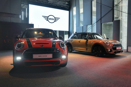 MINI Malaysia Launches Facelifted Cooper - 3 Door, 5 Door & JCW Variants Available