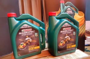 Castrol Magnatec With Dualock Technology 5W-30 Engine Oil, Malaysia 2018