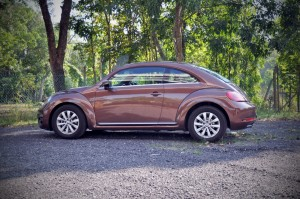 Volkswagen Beetle 1.2L Side View, Malaysia Test Drive