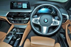 BMW 530i M Sport, Cockpit, Malaysia