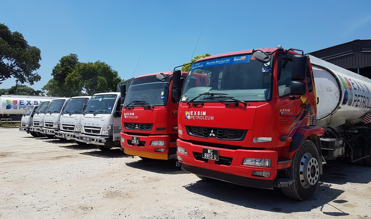 Mercedes benz malaysia commercial vehicles delivers fuso for Mercedes benz automobiles