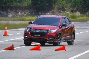 Minimal body roll - HR-V is very car-like