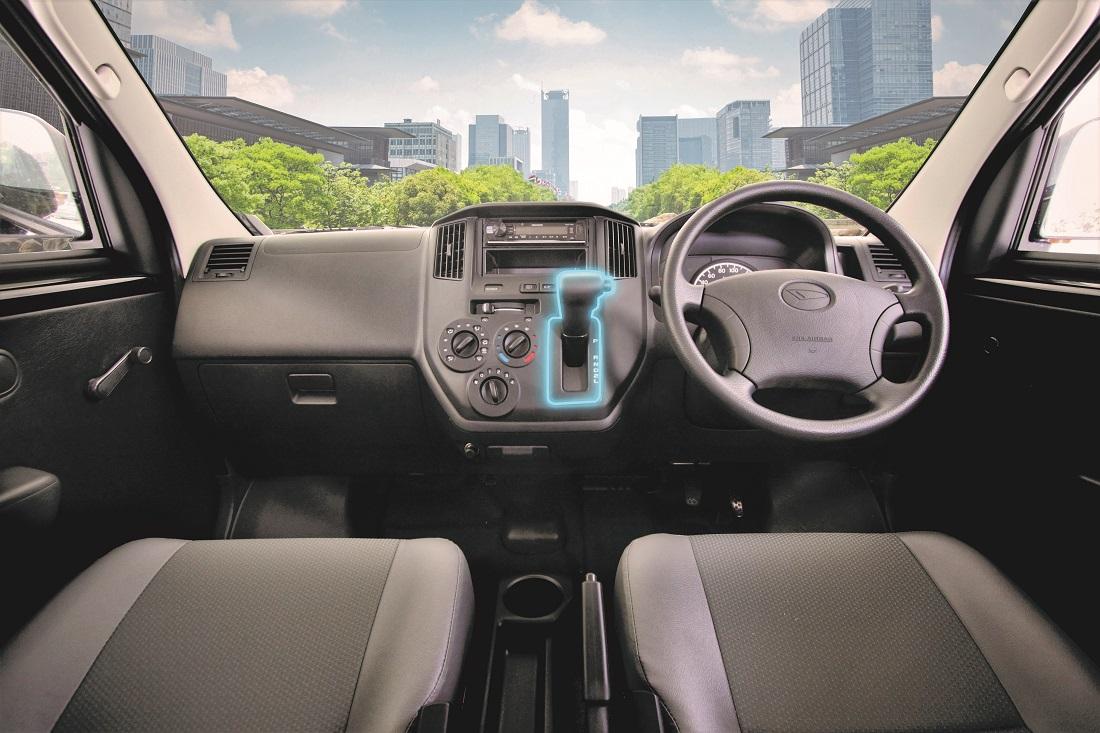 065884b3c0 Daihatsu Malaysia Introduces Gran Max Panel Van AT