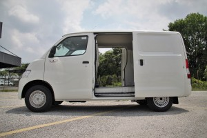 Daihatsu Gran Max Panel Van, 1.5 AT, Side View, Malaysia