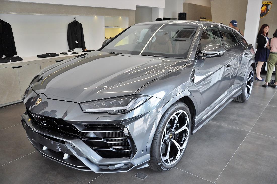 Lamborghini Kuala Lumpur Urus Suv Malaysia Autoworld Com My
