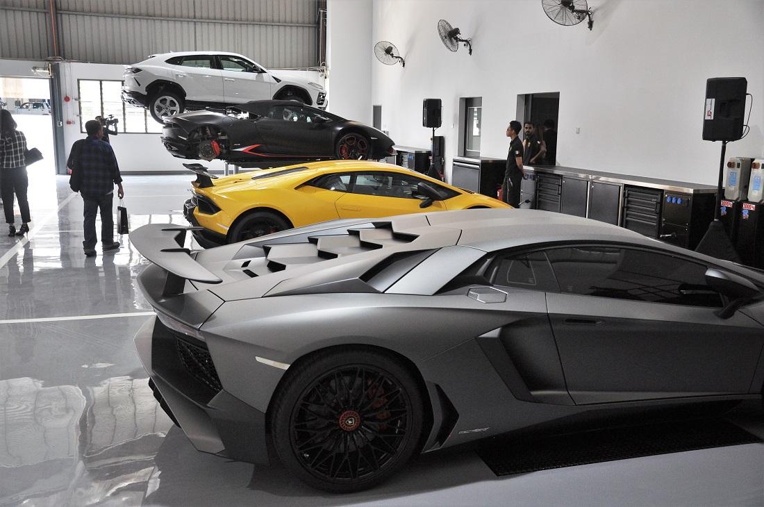 Lamborghini Kuala Lumpur 3s Centre Service Bays Malaysia
