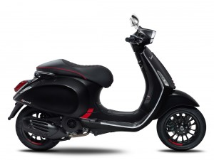 Vespa Sprint Carbon_Limited Edition_Naza Premira