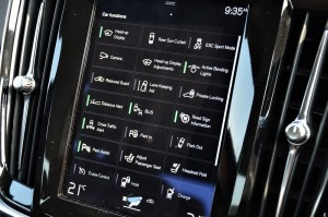 Volvo S90 9 Inch Touchscreen, Malaysia
