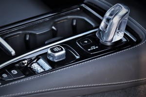 Volvo S90, Start-Stop, Orrefors Gear Knob, Malaysia