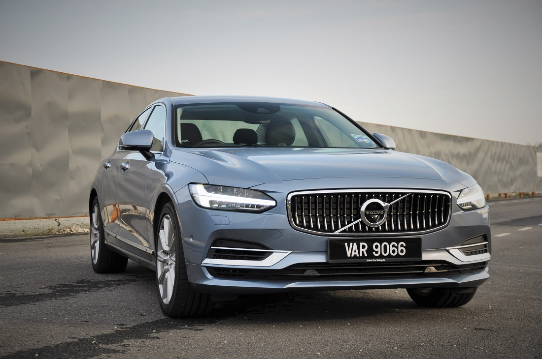 Test Drive Review Volvo S90 T8 Twin Engine Inscription Plus