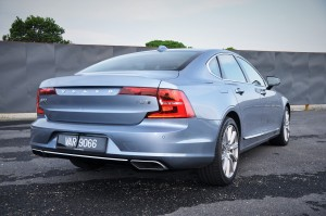 Volvo S90 T8 Twin Engine Inscription Plus_Rear View_Malaysia