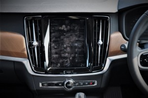 Volvo S90 T8_Touchscreen Display_Malaysia