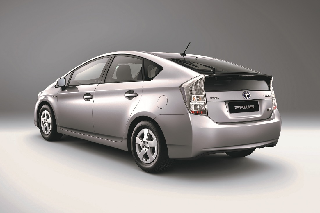 Toyota Prius Hybrid Owners Special Service Campaign To Update