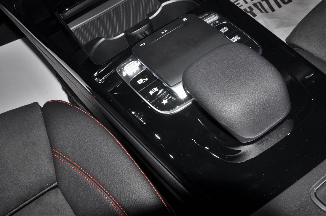 Mercedes Benz A250 Amg Line Touchpad Controller Malaysia