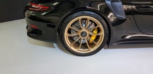 Rear Wheels with 4-pot calipers