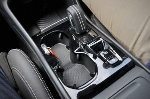 Volvo XC40 T5 R-Design_Centre Console_Malaysia