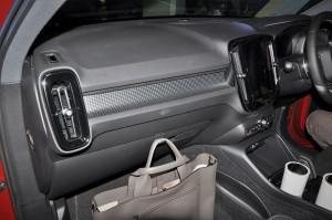 Volvo XC40 T5 R-Design_Dashboard_Bag Hook_Malaysia