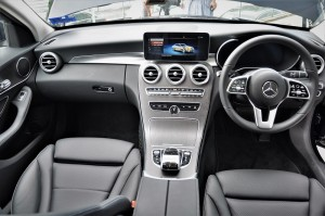 Mercedes-Benz C200 Avantgarde, Dashboard, Malaysia 2018